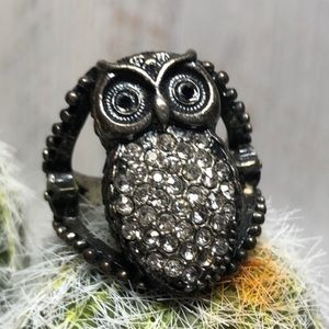 Vintage Owl Ring with Clear Stones size 10